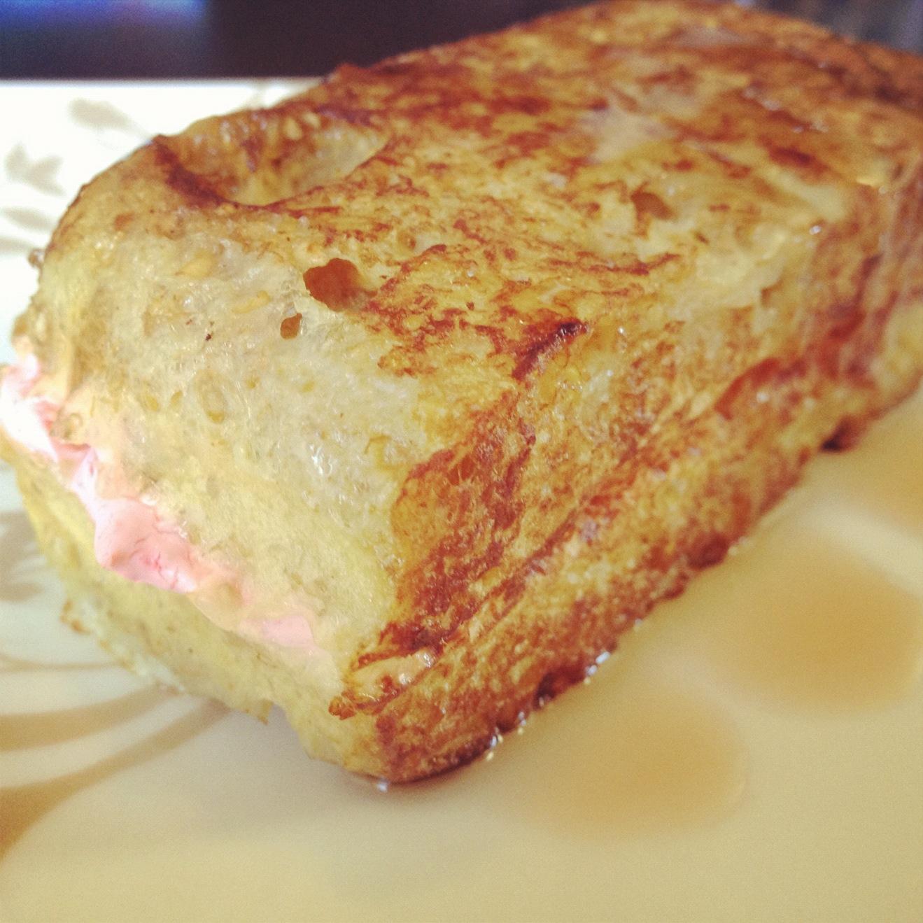 Stuffed French Toast | Dukantopia
